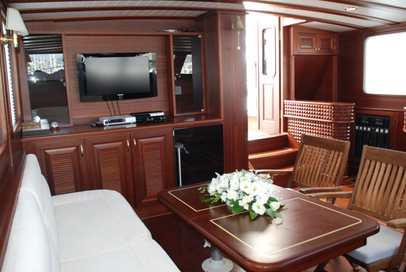 Rent 4 cabins luxury Gulet